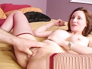 cougar big tits fingering