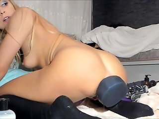 anal webcam blonde